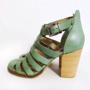 Seychelłes Mint Leather Strap Sandals Size 8.5 M